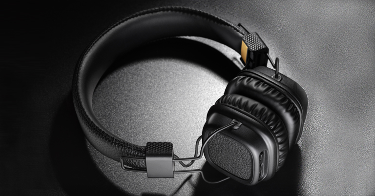 Noise Cancelling Bluetooth Headphones, Christmas Gift for your Employees